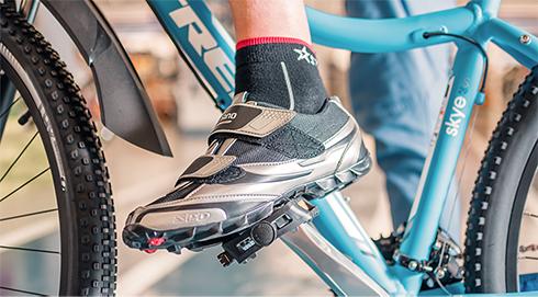 Как правильно выбрать велосипедную обувь - советы по подбору обуви для  велоспорта - интернет-магазин Спортмастер