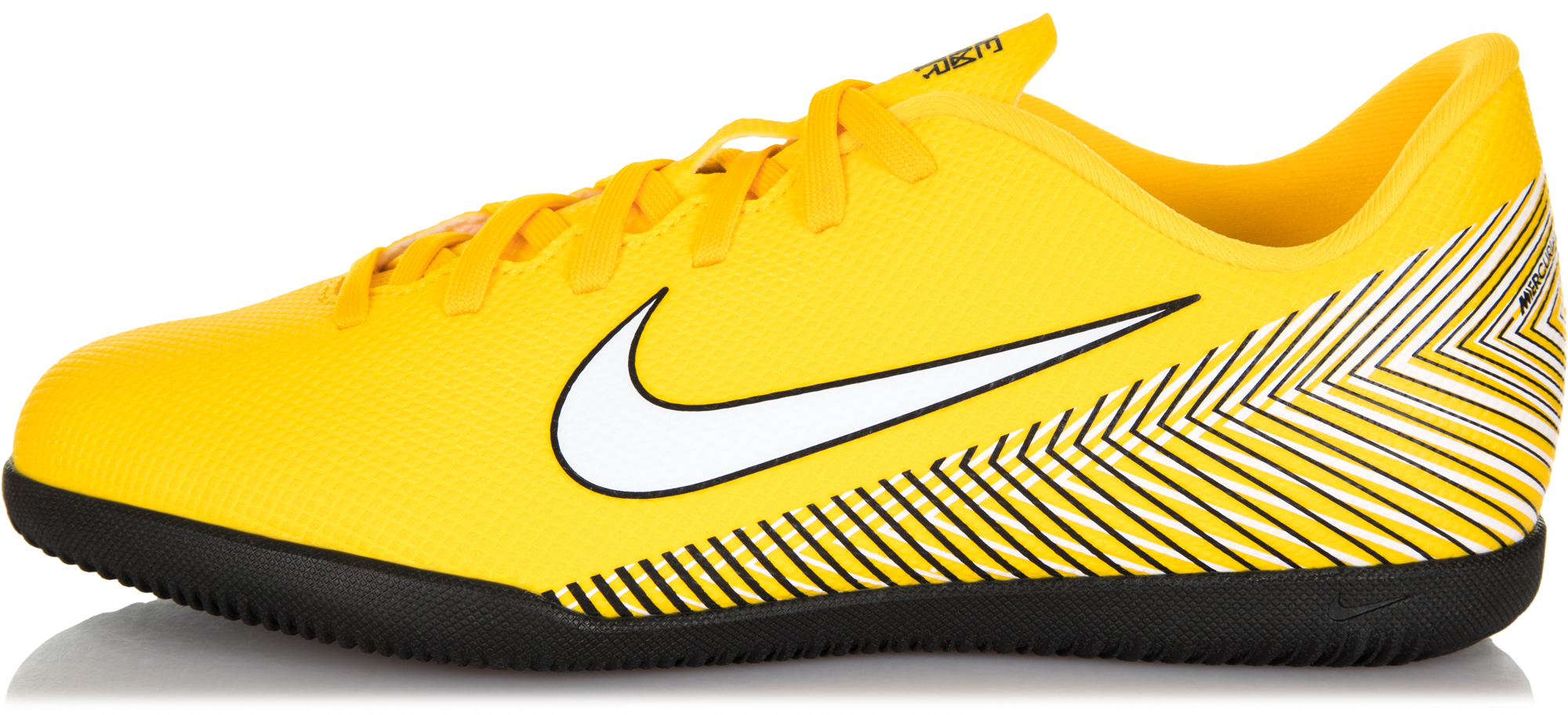 Nike Бутсы для мальчиков Nike Neymar Jr. VaporX 12 Club IC, размер 32 цена