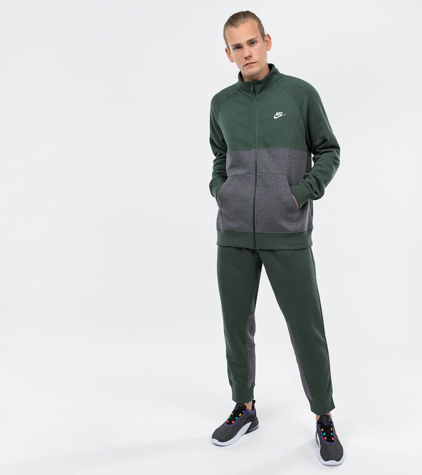 цены Nike Костюм мужской Nike, размер 52-54
