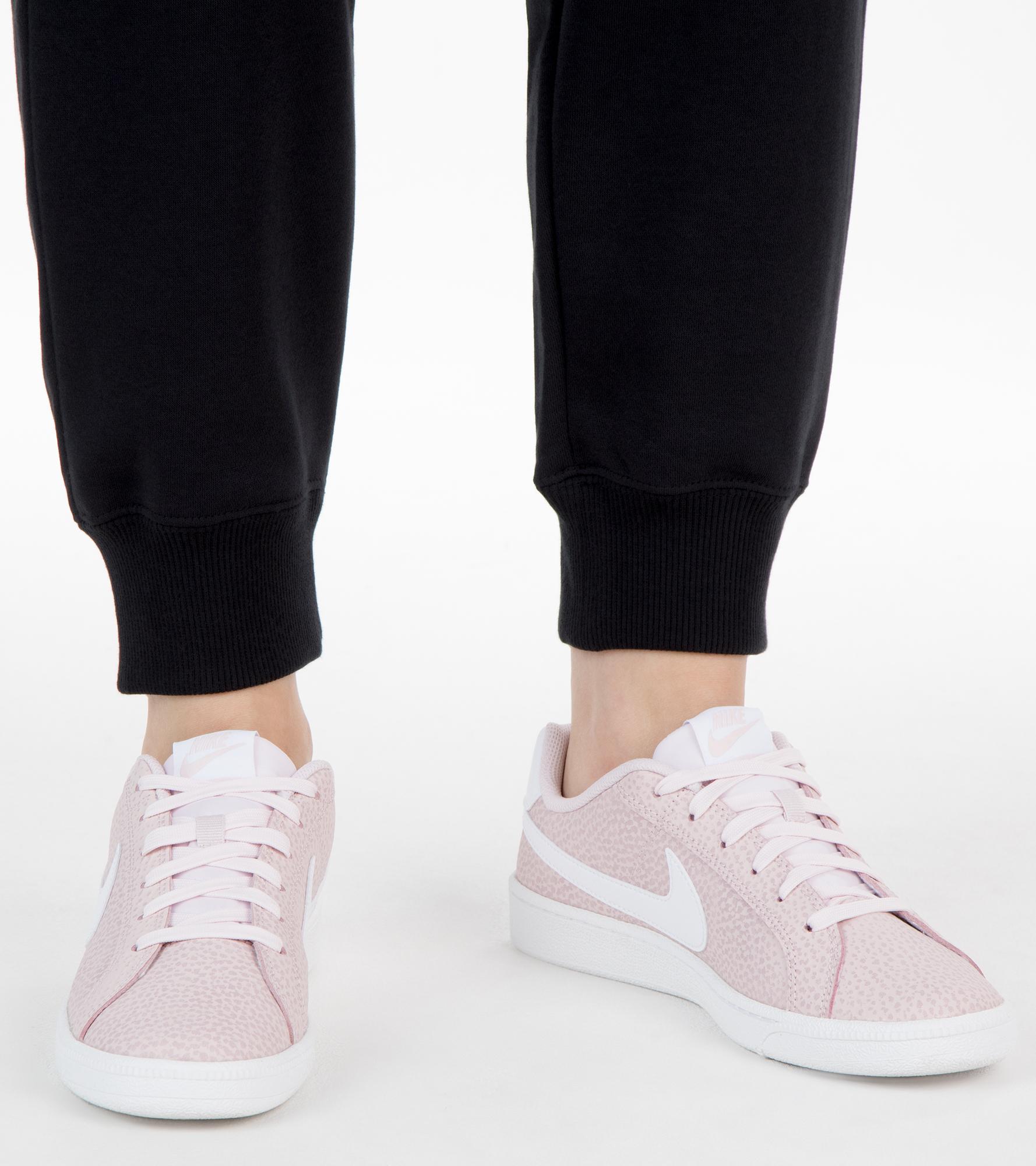 цена Nike Кеды женские Nike Court Royale Premium, размер 37 онлайн в 2017 году