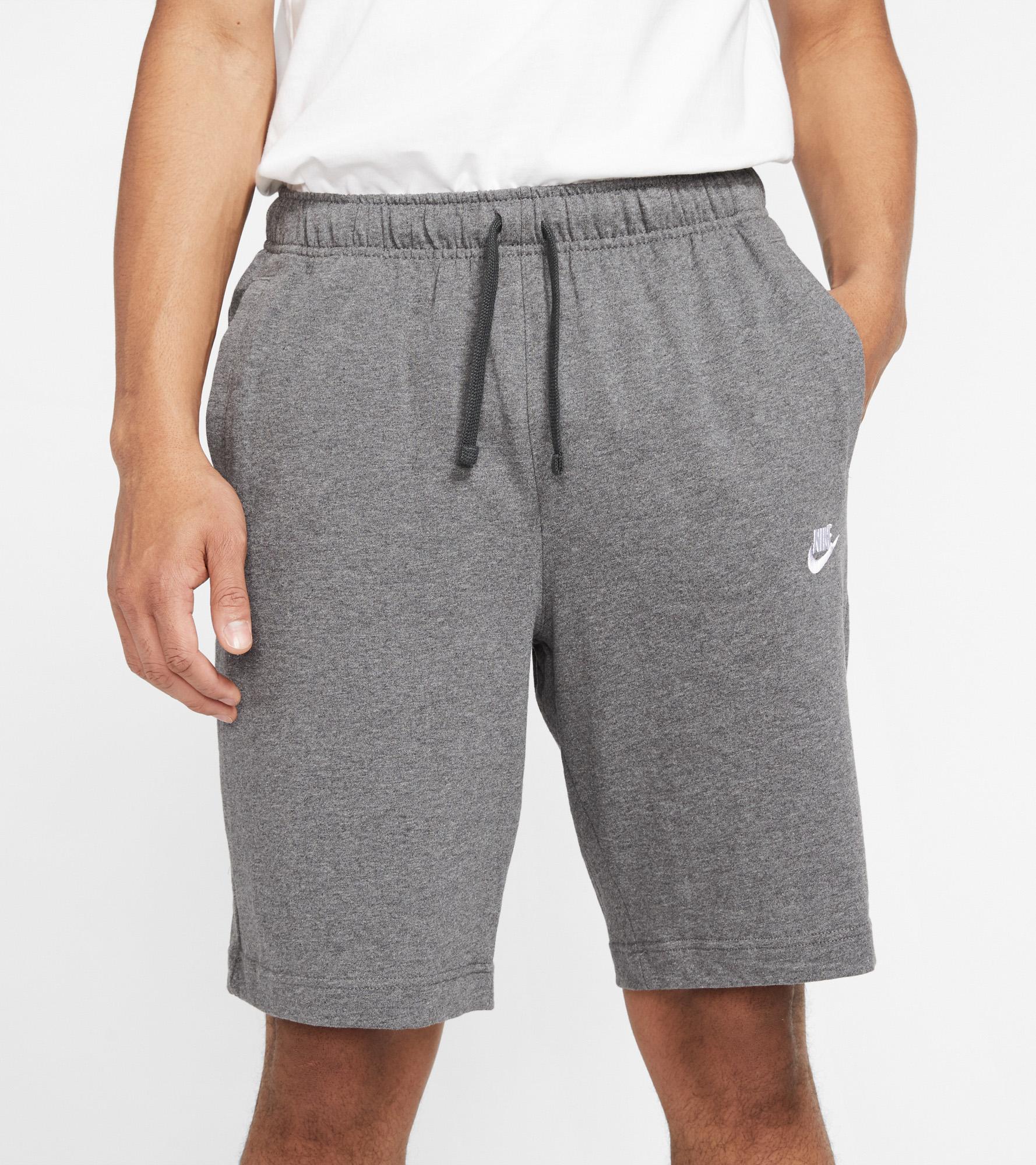 Nike Шорты мужские Nike Sportswear Club, размер 52-54 цена 2017
