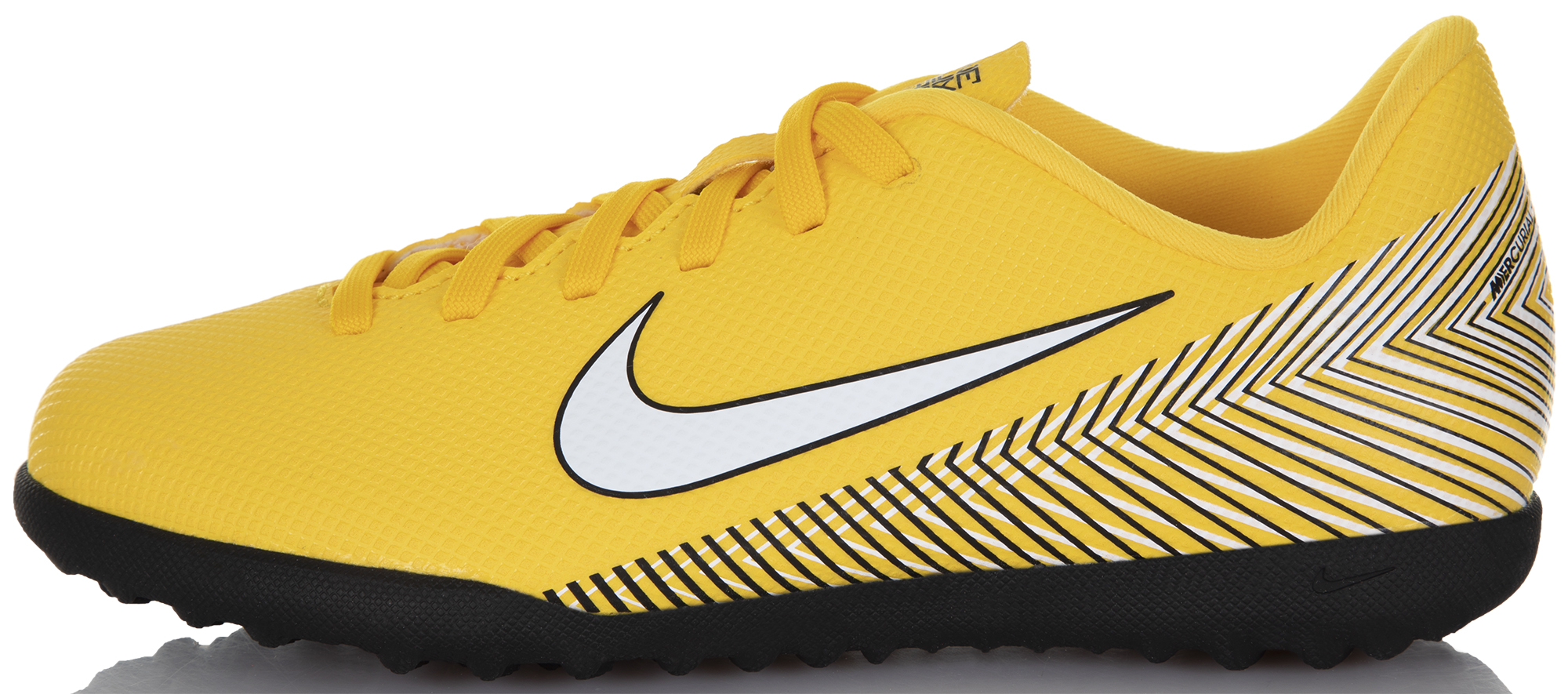 Nike Бутсы для мальчиков Nike Neymar Jr. VaporX 12 Club TF, размер 37,5 цена
