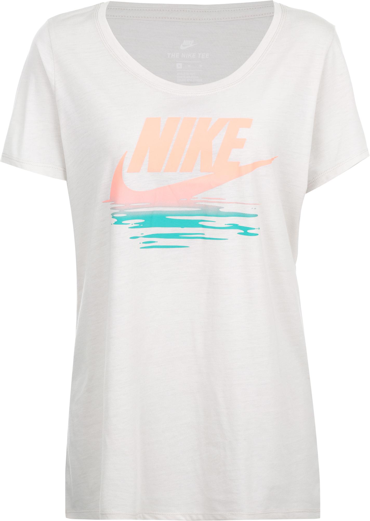 Nike Футболка женская Nike Sportswear
