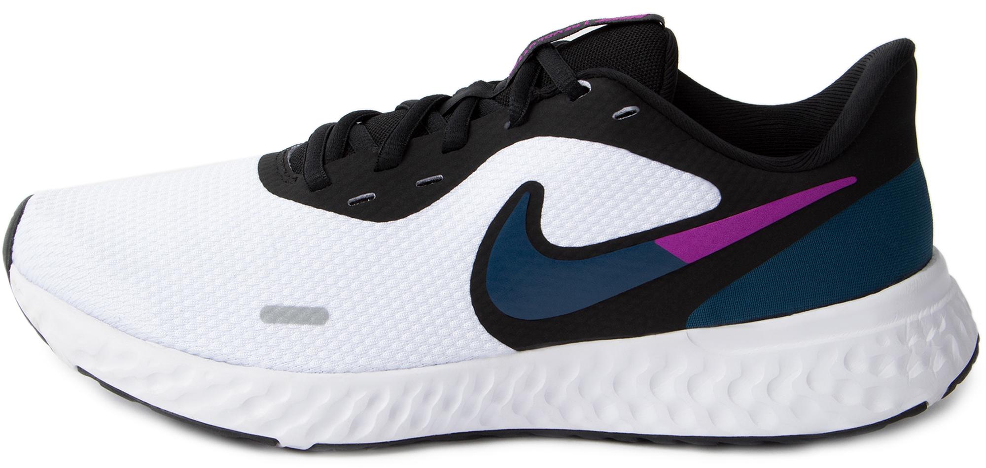 цена Nike Кроссовки женские Nike Revolution 5, размер 40 онлайн в 2017 году