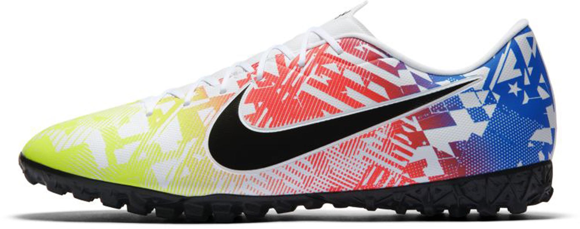 Nike Бутсы мужские Nike Vapor 13 Academy, размер 39.5 nike бутсы мужские nike vapor 13 academy ic размер 41