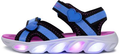 Сандалии для девочек Skechers Hypno-Flash, размер 27Сандалии <br>Сандалии для девочек s-lights с верхом из искусственного материала - легкая и действительно яркая обувь для лета! Модель с подсветкой встроенные в подошвы светодиоды привлек