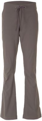 Брюки женские Columbia Anytime OutdoorЖенские брюки из высококачественного нейлона станут отличным выбором для походов и долгих прогулок.<br>Пол: Женский; Возраст: Взрослые; Вид спорта: Походы; Водоотталкивающая пропитка: Да; Силуэт брюк: Прямой; Светоотражающие элементы: Нет; Дополнительная вентиляция: Нет; Проклеенные швы: Нет; Количество карманов: 3; Водонепроницаемые молнии: Нет; Артикулируемые колени: Нет; Материал верха: 96 % нейлон, 4 % эластан; Технологии: Omni-Shade, Omni-Shield; Производитель: Columbia; Артикул производителя: 14670615612R; Страна производства: Вьетнам; Размер RU: 42;