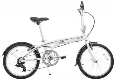 Велосипед складной Tern Link B7Велосипед идеален для передвижения по городу, а при необходимости его легко сложить и взять с собой в общественный транспорт или в личный автомобиль.<br>Материал рамы: Алюминий; Амортизация: Rigid; Конструкция рулевой колонки: Интегрированная; Складная конструкция: Да; Размер в сложенном виде (дл. х шир. х выс), см: 38 x 79 x 72; Конструкция вилки: Жесткая; Количество скоростей: 7; Наименование заднего переключателя: Shimano RD-FT35; Конструкция педалей: Классические; Наименование манеток: Shimano; Конструкция манеток: Вращающиеся ручки; Тип переднего тормоза: Ободной; Тип заднего тормоза: Ободной; Диаметр колеса: 20; Тип обода: Одинарный; Материал обода: Алюминиевый сплав; Наименование покрышек: Kenda, 20 x 1,5; Конструкция руля: Изогнутый; Регулировка седла: Есть; Сезон: 2016; Максимальный вес пользователя: 110 кг; Вид спорта: Велоспорт; Технологии: DoubleTruss, Q-Lock; Производитель: Tern; Артикул производителя: LINK B7-WB; Срок гарантии: 2 года; Вес, кг: 14; Страна производства: Китай; Размер RU: Без размера;