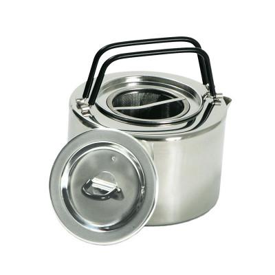 Чайник Tatonka Teapot 2,5Чайник с удобными двойными ручками и ситом для заварки превосходно пригодится как на пикнике, так и на отдыхе в кемпинге. Изготовлен из нержавеющей стали.<br>Возраст: Взрослые; Пол: Мужской; Вес, кг: 0,535; Производитель: Tatonka; Вид спорта: Кемпинг, Походы; Артикул производителя: 4011.000; Страна производства: Вьетнам; Срок гарантии: 1 год; Размер RU: Без размера;