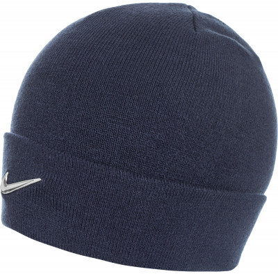 Шапка детская NikeДетская шапка в спортивном стиле от nike. Особенности модели шапка выполнена из мягкой акриловой пряжи на отвороте расположен металлический логотип swoosh.<br>Пол: Мужской; Возраст: Дети; Вид спорта: Спортивный стиль; Производитель: Nike; Артикул производителя: 825577-451; Страна производства: Китай; Материал верха: 100 % акрил; Материал подкладки: 100 % акрил; Размер RU: Без размера;