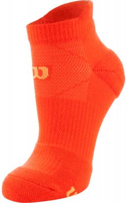 Носки Wilson Running Low Cut, 1 параНизкие спортивные носки для бега. Мохровая пятка и мысок придают дополнительную мягкость. Поддержка свода стопы обеспечивает комфорт во время бега и ходьбы.<br>Пол: Мужской; Возраст: Взрослые; Вид спорта: Бег; Материалы: 60% полиэстер, 22% нейлон, 15% хлопок, 3% эластан; Производитель: Wilson; Артикул производителя: W411-O; Страна производства: Китай; Размер RU: 35-38;