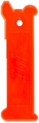 Многоцелевой скребок SwixСкребок для желобка многоцелевой из прочного поликарбона. Применяется для обработки и подготовки лыж.<br>Пол: Мужской; Возраст: Взрослые; Вид спорта: Беговые лыжи; Материалы: Пластмасса; Состав: Пластмасса; Размеры (дл х шир х выс), см: 0,3 x 7 x 15,5; Вес, кг: 0,01; Производитель: Swix; Артикул производителя: T0087; Страна производства: Норвегия; Размер RU: Без размера;