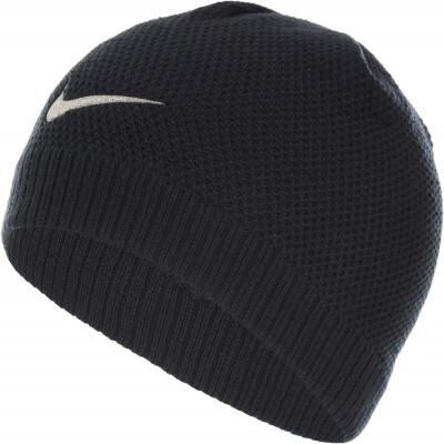 Шапка для девочек Nike Pony TailДетская шапка в спортивном стиле от nike. Особенности модели: шапка выполнена из мягкой акриловой пряжи; блестящий логотип поможет создать спортивный образ.<br>Пол: Женский; Возраст: Малыши; Вид спорта: Спортивный стиль; Производитель: Nike Little; Артикул производителя: 3A2696-023; Страна производства: Китай; Материал верха: 100 % акрил; Размер RU: Без размера;