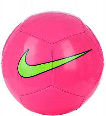 Мяч футбольный Nike Pitch TrainТренировочный мяч nike pitch, который подходит для игры на любых поверхностях. Прочность покрышка из термополиуретана с машинной строчкой гарантирует долговечность.<br>Сезон: 2017; Возраст: Взрослые; Вид спорта: Футбол; Тип поверхности: Универсальные; Назначение: Тренировочные; Материал покрышки: Синтетическая кожа; Материал камеры: Бутил; Способ соединения панелей: Машинная сшивка; Количество панелей: 32; Производитель: Nike; Артикул производителя: SC3101-639; Страна производства: Вьетнам; Размер RU: 5;