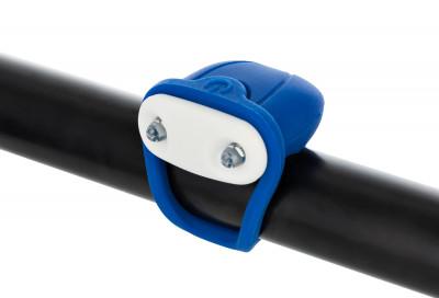 Фонарь велосипедный передний габаритный CyclotechПередний габаритный фонарь позволит стать заметнее на дороге и сделает поездку на велосипеде безопаснее.<br>Материалы: Силикон, пластик; Тип батареек: 2x CR2032; Размеры (дл х шир х выс), см: 10,5 х 3,8 х 1,5; Регулировка светового потока: Нет; Количество режимов работы: 2; Вид спорта: Велоспорт; Производитель: Cyclotech; Артикул производителя: CFL-4B.; Страна производства: Китай; Размер RU: Без размера;