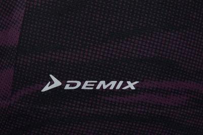 Фото 4 - Майку женская Demix, размер 46 фиолетового цвета