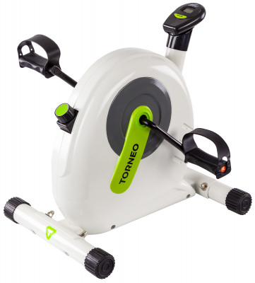 Torneo Smart Bike B-004Компактный мини-велотренажер имитирует тренировку на вертикальном и горизонтальном велотренажере. Развивает мышцы ног, бедер, ягодиц и рук.<br>Система нагружения: Ременная; Регулировка нагрузки: Механическая; Нагрузка: Плавная регулировка; Питание тренажера: Батарейки; Максимальный вес пользователя: 100 кг; Время тренировки: Есть; Скорость: Есть; Пройденная дистанция: Есть; Израсходованные калории: Есть; Дополнительно: Шатун 152,4 мм обеспечивает увеличенную амплитуду движения.; Размер в рабочем состоянии (дл. х шир. х выс), см: 51 x 45,6 x 50,7; Вес, кг: 8; Вид спорта: Кардиотренировки; Технологии: EverProof; Производитель: Torneo; Артикул производителя: B-004; Страна производства: Китай; Размер RU: Без размера;