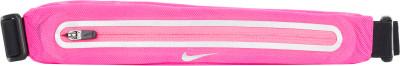 Сумка на пояс женская NikeСумка-пояс для бега nike. Светоотражающие элементы светоотражающие детали сделают вас заметнее в темноте или в плохую погоду.<br>Пол: Женский; Возраст: Взрослые; Вид спорта: Бег; Производитель: Nike ABM; Артикул производителя: N.RL.46-645; Страна производства: Китай; Материал верха: 100 % нейлон; Размер RU: Без размера;