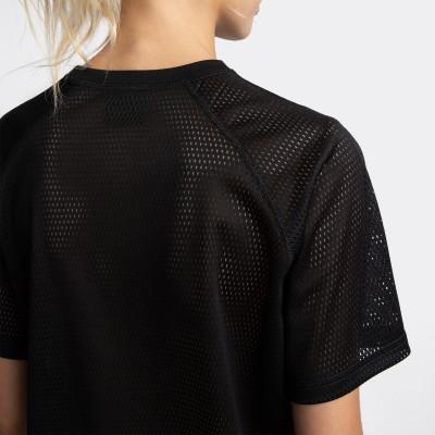 Фото 10 - Футболку женская Demix, размер 44 черного цвета