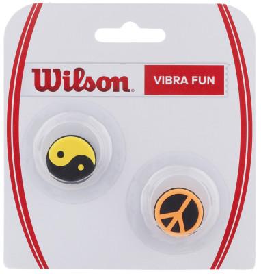 Виброгаситель Wilson Vibra Fun N Ying Yang PeacКлассический круглый виброгаситель из прочного каучука от wilson.<br>Пол: Мужской; Возраст: Взрослые; Вид спорта: Большой теннис; Материалы: Полимерные материалы; Производитель: Wilson; Артикул производителя: WRZ537200; Страна производства: Китай; Размер RU: Без размера;