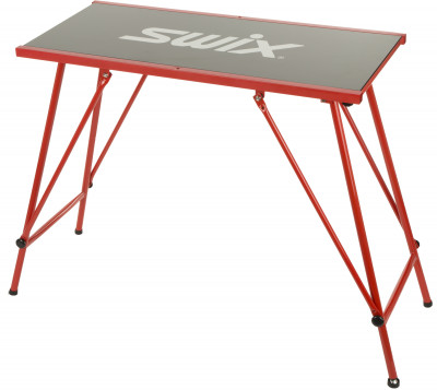 Стол Swix EconomyСтол economy от swix. Размер модели: 96 х 45 см.<br>Размер (Д х Ш), см: 96 х 45; Размеры (дл х шир х выс), см: 96 x 45 x 83; Вес, кг: 11,5; Материалы: Столешница из полимера, алюминиевые ножки; Производитель: Swix; Вид спорта: Беговые лыжи; Артикул производителя: T00754; Страна производства: Тайвань; Размер RU: Без размера;