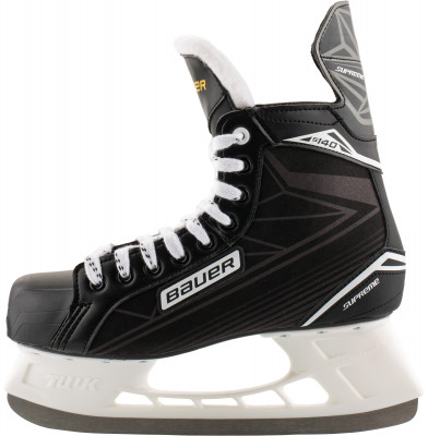 Bauer Supreme S140 (взрослые)Хоккейные коньки от bauer линии supreme. Модель рассчитана на широкий круг любителей хоккея.<br>Вес, кг: 0,69; Раздвижной ботинок: Нет; Термоформируемый ботинок: Нет; Материал ботинка: Premium nylon; Материал подкладки: Microfiber; Материал лезвия: Нержавеющая сталь; Анатомический ботинок: Нет; Широкая колодка: Нет; Тип фиксации: Шнурки; Усиленный ботинок: Нет; Поддержка голеностопа: Есть; Ударопрочный мыс: Да; Морозоустойчивый стакан: Да; Анатомическая стелька: Нет; Усиленный язык: Нет; Анатомические вкладыши: Есть; Съемный внутренний ботинок: Нет; Материал подошвы: Облегченный жесткий пластик TPR; Заводская заточка: Нет; Утепленный ботинок: Нет; Пол: Мужской; Возраст: Взрослые; Вид спорта: Хоккей; Уровень подготовки: Начинающий; Технологии: LIGHT SPEED Pro, anatomical heel support; Производитель: Bauer; Артикул производителя: 1048625; Срок гарантии: 3 года; Страна производства: Китай; Размер RU: 41;