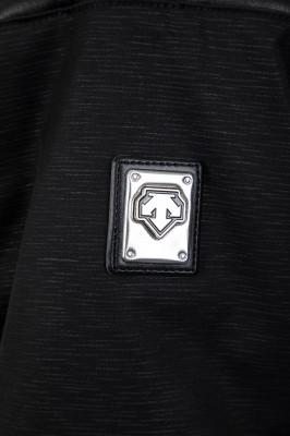 Фото 3 - Куртку утепленная женская Descente Cicily, размер 42 черного цвета