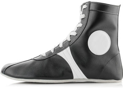 Борцовки мужские АвантажМягкая обувь для занятий вольной, рукопашной, греко-римской борьбой, а также самбо.<br>Пол: Мужской; Возраст: Взрослые; Вид спорта: Единоборства; Способ застегивания: Шнуровка; Материал верха: 100 % натуральная кожа; Материал стельки: 100 % этиленвинилецетат; Материал подошвы: 100 % натуральная кожа; Производитель: Авантаж; Артикул производителя: 25-01; Страна производства: Россия; Размер RU: 44;