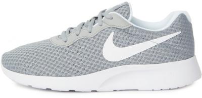 Кроссовки женские Nike Tanjun, размер 35