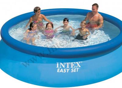 Intex Easy set VD28120Восьмигранный бассейн с надувным кольцом intex easy set диаметром 305 см отлично подойдет для семейного отдыха. Объ м - 3853 л. Ремнабор в комплекте.<br>Объем: 3853; Материалы: Винил, армированный полиэстер; Водоизмещение (литры): 3853; Размеры (дл х шир х выс), см: 305 х 76; Размер упаковки: 29 х 23 х 43 см; Вес, кг: 8,4; Вид спорта: Кемпинг; Технологии: Super Tough; Производитель: Intex; Артикул производителя: VD28120; Срок гарантии: 6 месяцев; Страна производства: Китай; Размер RU: Без размера;