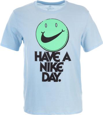 Футболка мужская Nike SportswearФутболка от nike отлично завершит твой образ в спортивном стиле. Уникальный дизайн оригинальная графика позволяет создать запоминающийся образ.<br>Пол: Мужской; Возраст: Взрослые; Вид спорта: Спортивный стиль; Покрой: Прямой; Материалы: 100 % хлопок; Производитель: Nike; Артикул производителя: 911903-495; Страна производства: Египет; Размер RU: 54-56;